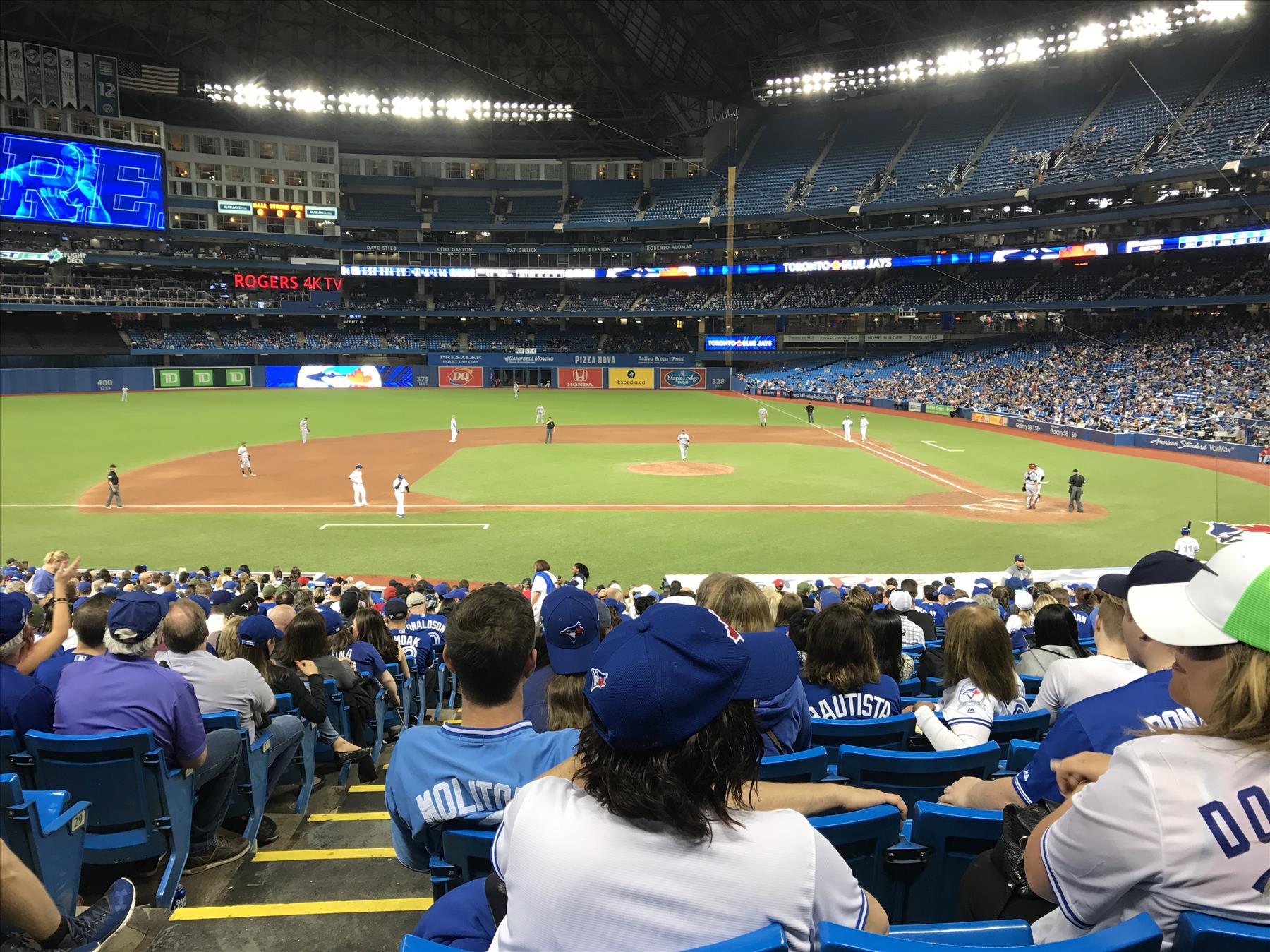 Blue Jays Tickets at the Rogers Centre
